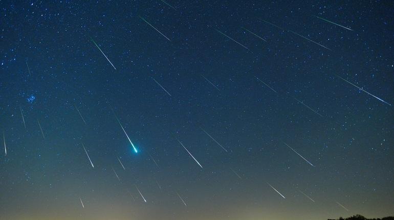 Петербург накроет падающими звездами