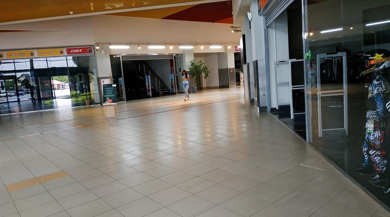 В торгово-развлекательном комплексе