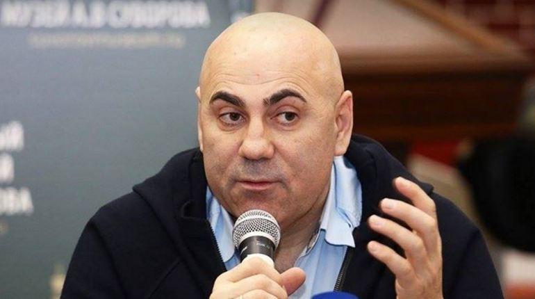 Пригожин советует Вайкуле прекратить выступления в России