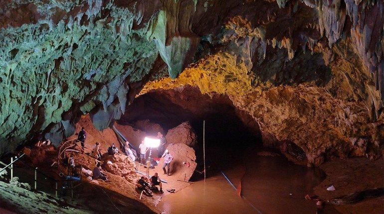 Подростки, которых спасли из пещеры Тхам Луанг в Таиланде, смогут побывать в международном детском центре
