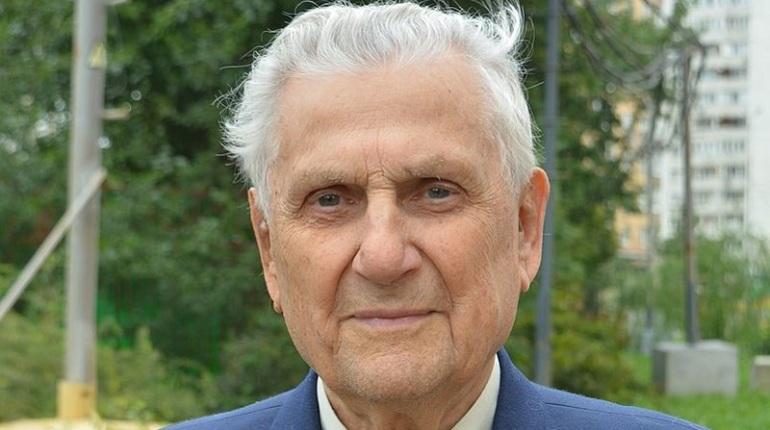 Летчик-испытатель, Герой СССР Иван Ведерников скончался на 95-м году жизни.