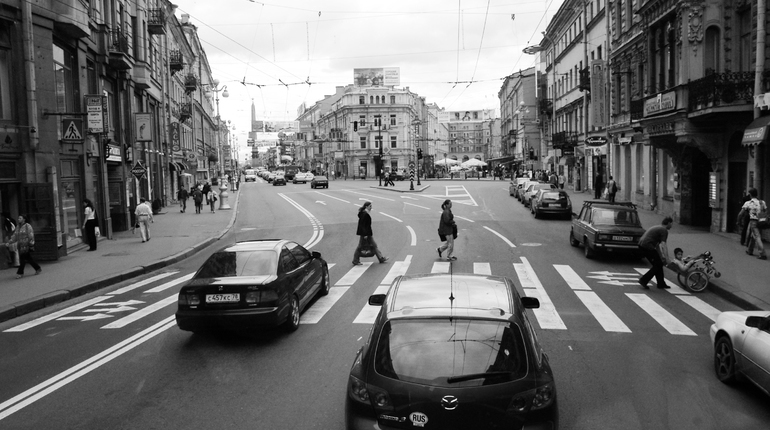 Ровно 20 лет назад в России произошел дефолт. 17 августа финансовая катастрофа ударила по кошельку огромного числа россиян.