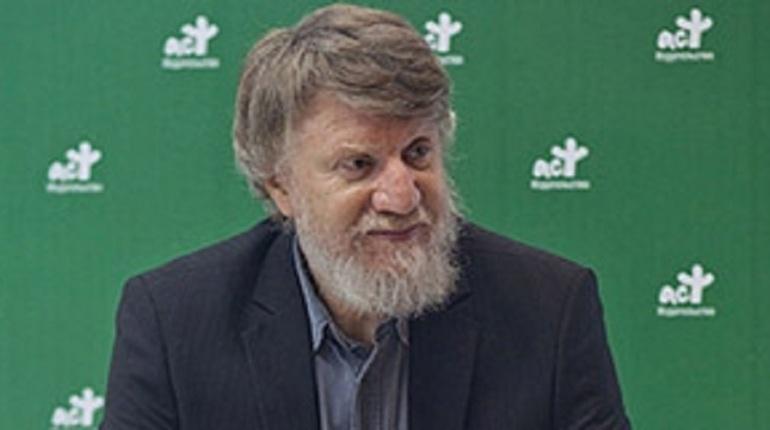 Российский писатель и историк, лауреат премии