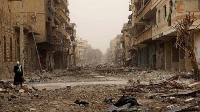 Мария Захарова посмеялась над тем, что США передумали тратиться на стабилизацию неподконтрольных Дамску частей Сирии.