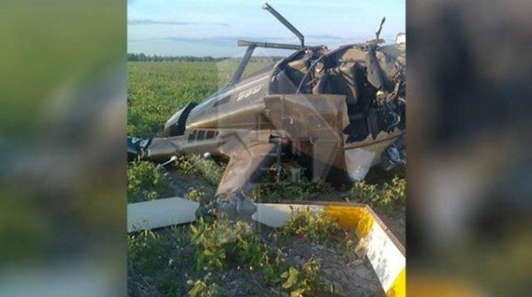 Следователи начали проверку после жесткой посадки вертолета в Рязанской области. В результате инцидента пострадал пилот, он находится в тяжелом состоянии.
