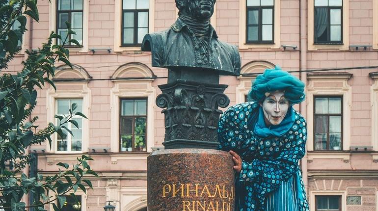 В Санкт-Петербурге 26 августа внутренний двор Большого Гостиного двора откроют для петербуржцев и гостей города.