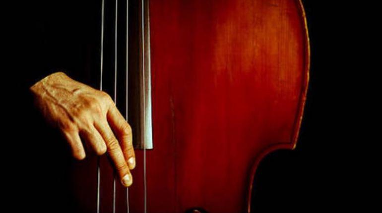 22 августа в 20 часов в Центральной городской публичной библиотеки им. В.В. Маяковского состоится бесплатный концерт экспериментальной музыки. В Петербурге слушатели смогут познакомиться с творчеством Jonathan Heibron.