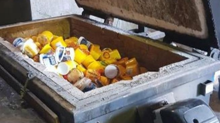 В Ленобласти отправили в печь полтонны «санкционки» из Европы