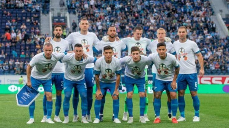 Перед матчем с «Мольде» игроки «Зенита» поддержали Нобоа пингвином