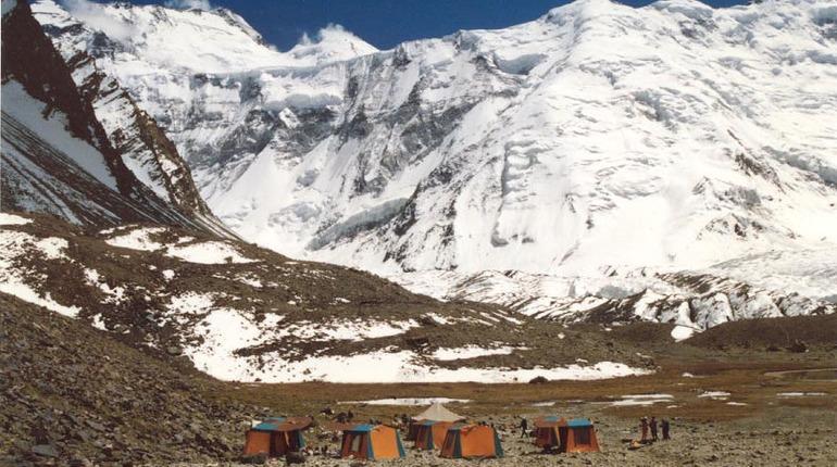 Выжившие в Таджикистане петербургские альпинисты идут на поправку