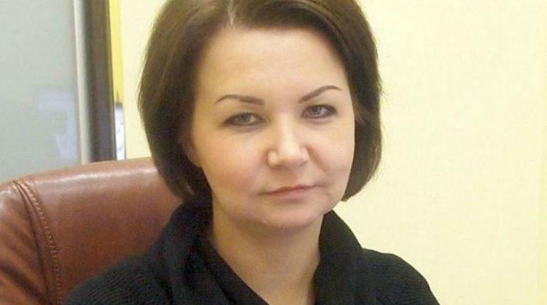 Обвиняемую в мошенничестве главу МО «Смольнинское» отправили под домашний арест