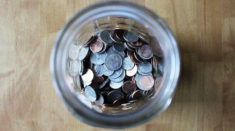 Мошенник пытался за полмиллиона «впарить» петербуржцу якобы старинные монеты
