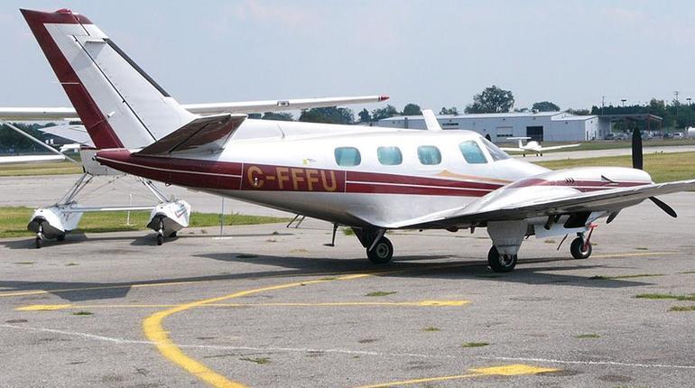 Из-за падения самолета на базу ВВС в США погибли 4 человека