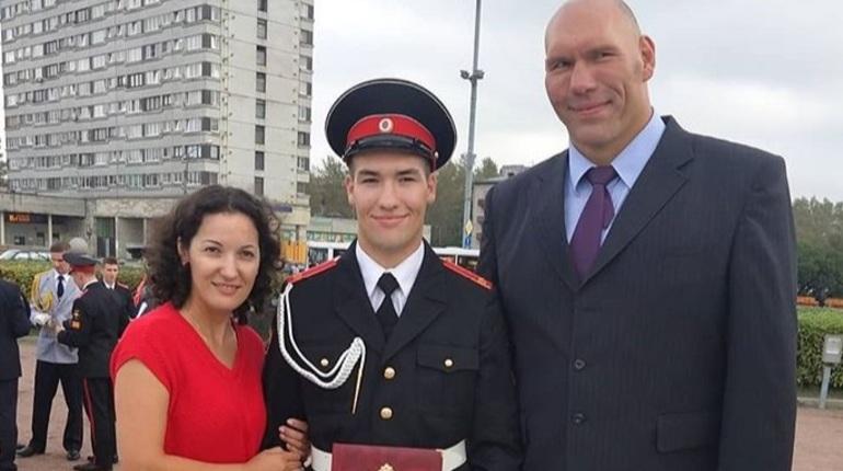 Сын Валуева пошел в Суворовское училище