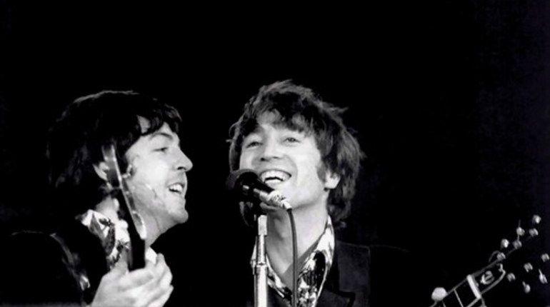 Украденные вещи Джона Леннона нашли в Германии
