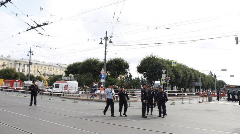 Смольный задумал отменить второй подряд пенсионный митинг на площади Ленина. Формальный повод, как и в случае с