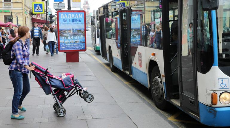 В Петербурге на выходные изменят маршрут троллейбуса в Петроградском районе ради ремонта на теплосети.