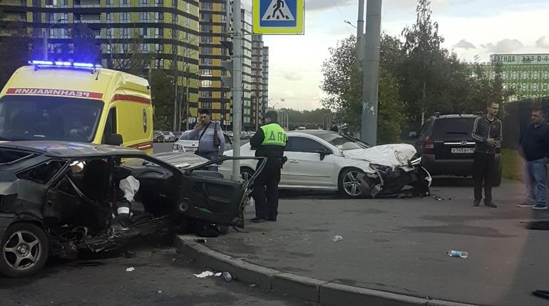 Мать и 1,5-годовалый ребенок получили тяжелые травмы в ДТП, которое произошло на углу улицы Жукова и Феодосийской вечером 14 сентября.