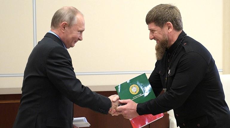 Президент России Владимир Путин подписал указ о передаче в собственность Чечни нефтяной компании «Чеченнефтехимпром».