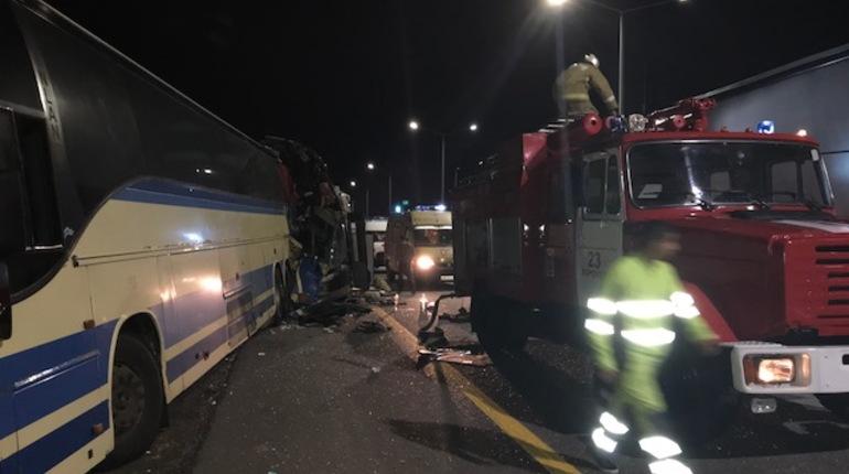 Пятеро погибли при столкновении двух автобусов в Воронежской области
