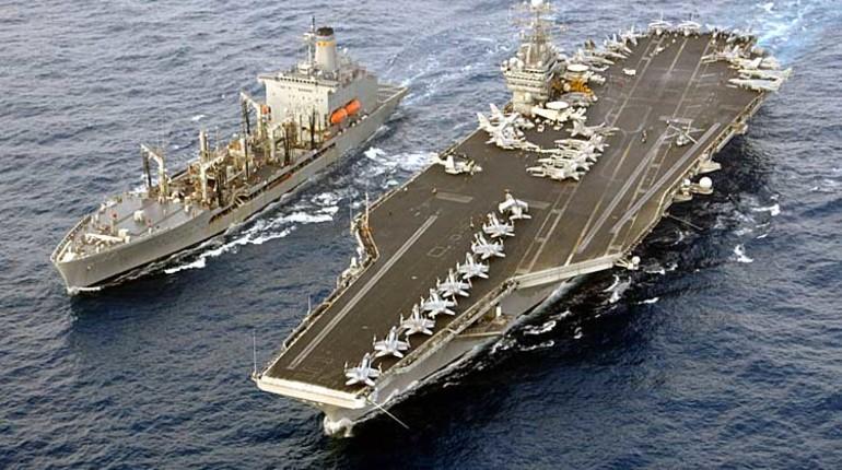 Авианосная ударная группа ВМС США во главе с авианосцем