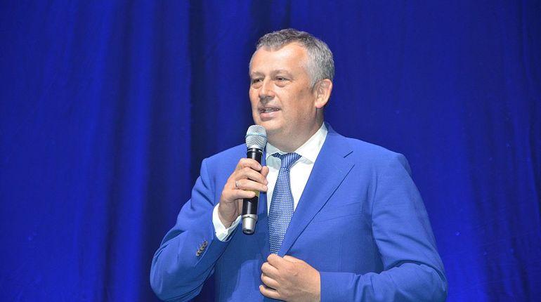 Дрозденко запретил закупки у единственного поставщика
