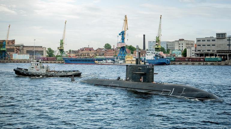20 сентября в Петербурге спустили на воду дизель-электрическую подводную лодку проекта 677
