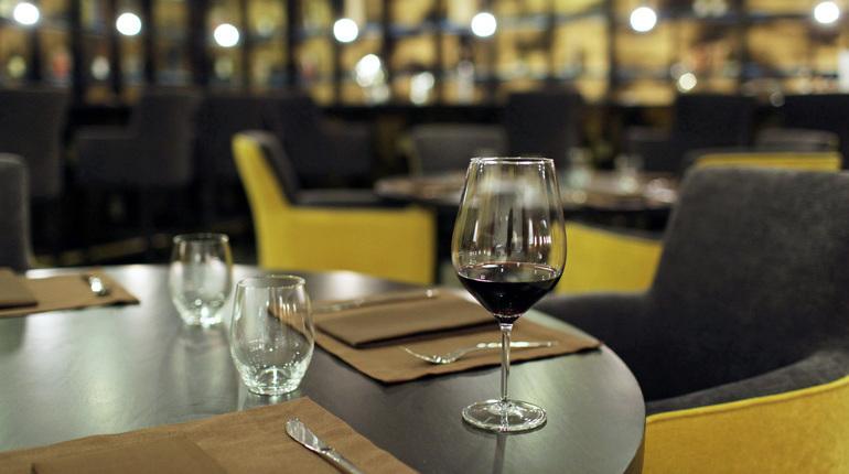Гарбар объяснил «образом смерти» падение доходов ресторанов в Петербурге