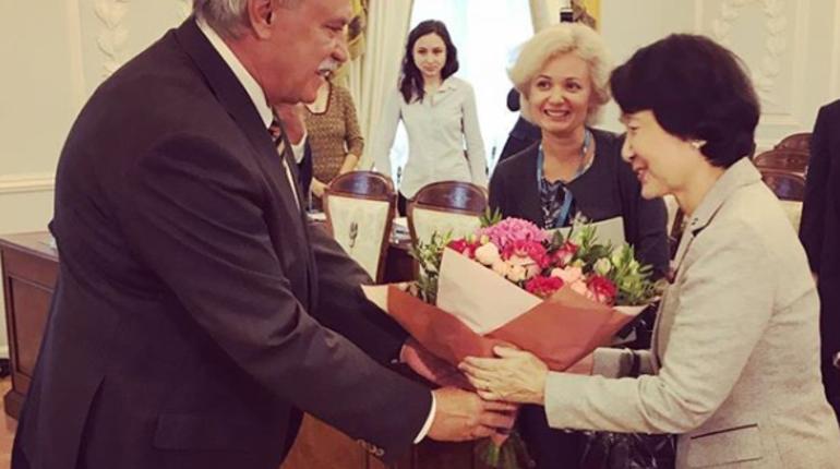 Мэр Йокогамы приехала к Полтавченко