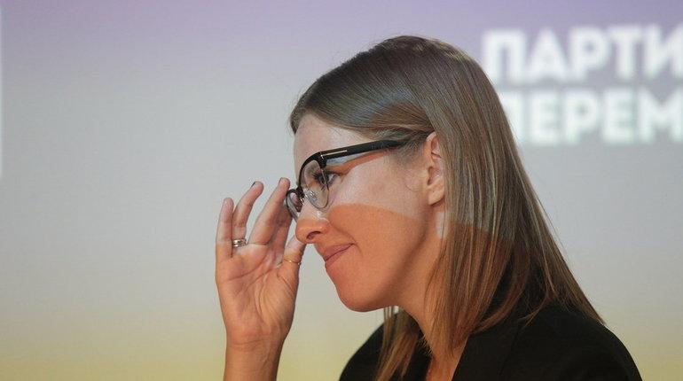 Ксения Собчак решительно намерена сместить Георгия Полтавченко с поста губернатора Петербурга. Несмотря на то, что телеведущая свое участие в выборах 2019 года опровергла, держаться в стороне она не будет.