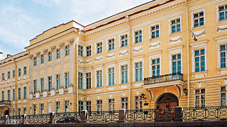 На сайте госзакупок появился контракт от Всероссийского музея Пушкина на обновление в доме Волконских пожарной сигнализации. Начальная и максимальная цена контракта составляет более 5,1 миллиона рублей.