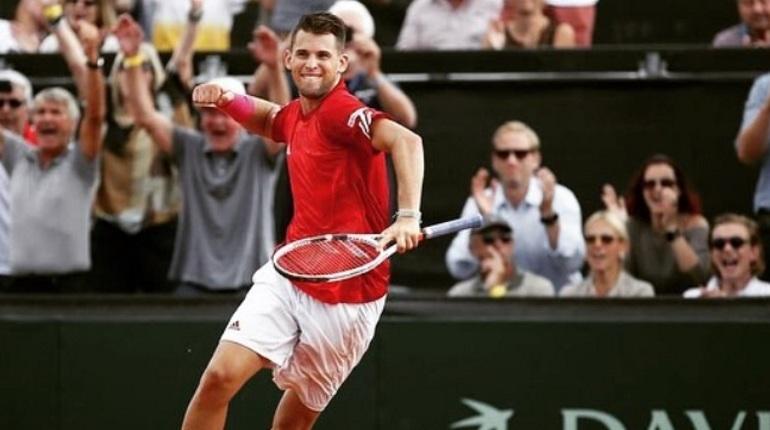 В Петербурге определились финалисты турнира St. Peterburg Open. Полуфинальные матчи смогли пройти Доминик Тим и Мартин Клижан.