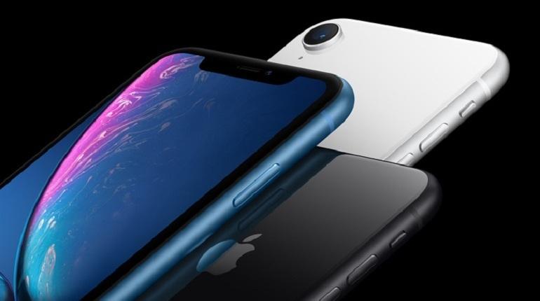 Пользователи рассказали о дефектах дисплея в новом iPhone XS. При включении режима пониженной яркости смартфон трансформирует черный в бордовый, а также