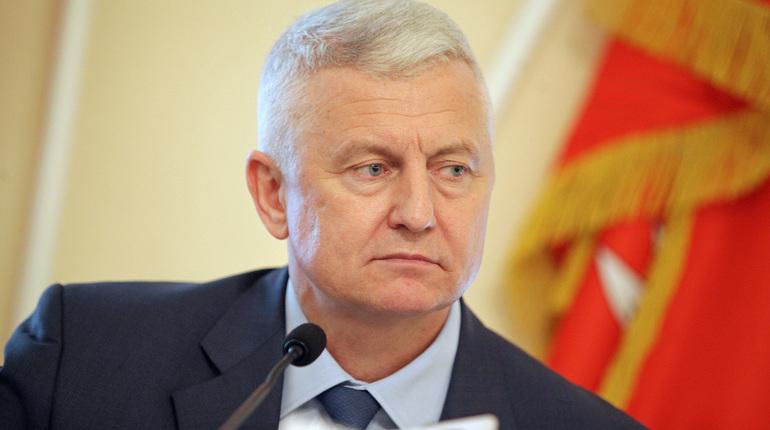 На заседании правительства Санкт-Петербурга председатель жилищного комитета Валерий Шиян рассказал о готовности коммунальщиков к новому отопительному сезону.