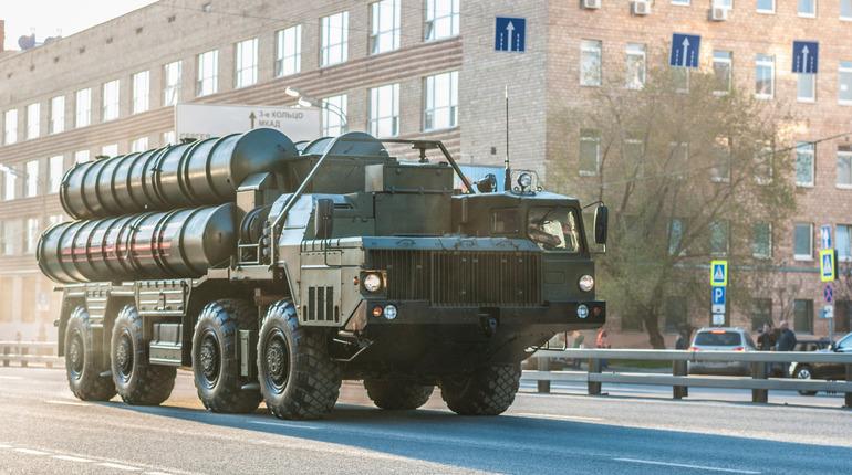 Российский МИД назвал лукавыми заявления США о поставках зенитных ракетных комплексов С-300 в Сирию.