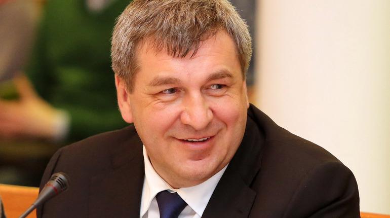 Вице-губернатор Санкт-Петербурга Игорь Албин заявил, что почти по всем категориям работ подготовка к зиме превосходит прошлогоднюю.