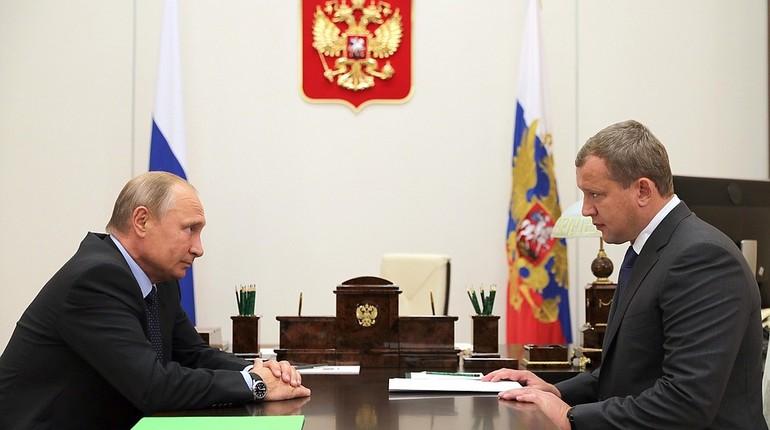 Президент РФ Владимир Путин предложил Сергею Морозову временно стать исполняющим обязанности губернатора Астраханской области.