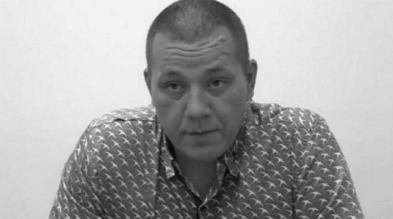 В здании, где проходил съезд местной Компартии в Донецке прогремел взрыв, пострадали три человека, в том числе и кандидат на пост главы самопровозглашенной Донецкой народной республики Игорь Хакимзянов.