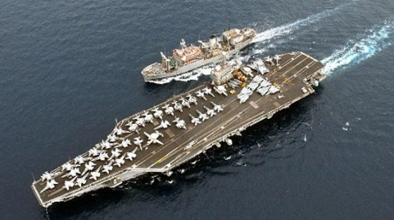 США могут организовать морскую блокаду России, чтобы снизить влияние нашей страны на рынке энергоносителей. По крайней мере, так считает глава министерства внутренних дел США Райан Зинке.