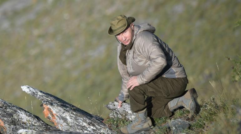 Президент России Владимир Путин решил провести субботу на отдыхе в тайге Хакасии.