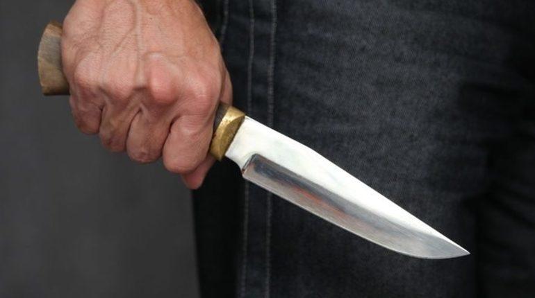 В Ленобласти завели уголовное дело о покушении на убийство после того, как больницу был доставлен молодой человек с ножевым ранением груди. Предварительно, его ранил собутыльник.