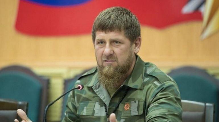 Глава Чечни Рамзан Кадыров ответил США на угрозу морской блокадой. Он считает, что Штатам надо «подумать» о возможной реакции России.