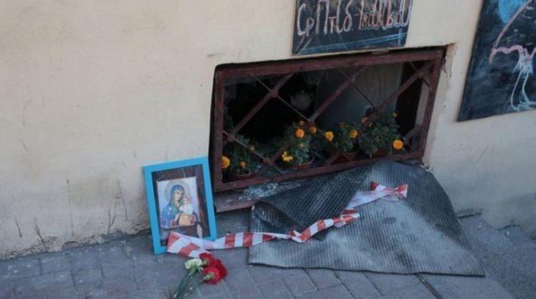Власти Петербурга извинились перед родными погибших из-за трубы на Измайловском
