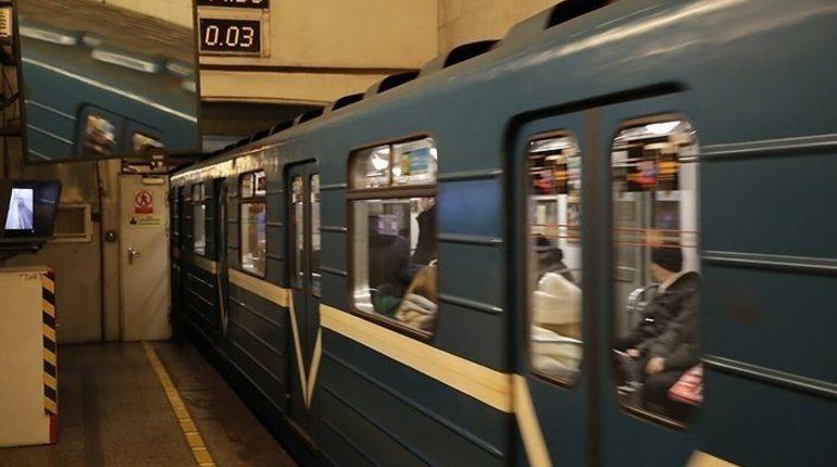 В петербургском метро рассказали, что пищит в кабине машиниста