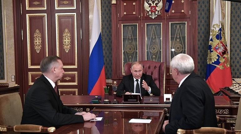 Владимир Путин предложил врио губернатора Петербурга возглавить город до сентября 2019 года, а затем решить, что тот будет делать дальше