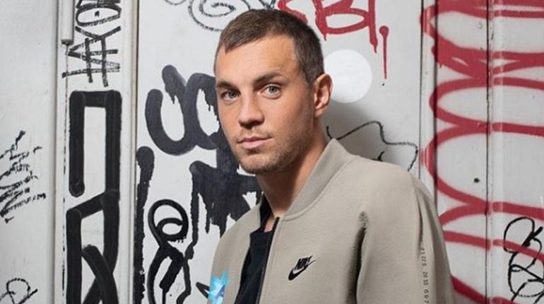 Главный тренер петербургского «Зенита» Сергей Семак прокомментировал состояние форварда Артема Дзюбы, который серьезно столкнулся с игроком «Анжи» в предыдущем матче. Спортивный специалист считает, что футболист готов играть на все 100%.