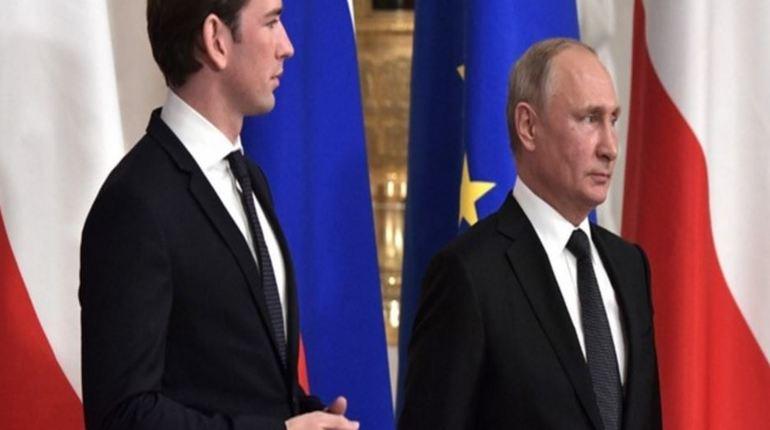 Во время встречи российского лидера Владимира Путина и канцлера Австрии Себастьяна Курца 3 октября в Петербурге был вновь поднят вопрос о ситуации с Болгарией. Ранее Болгария под давлением извне решила отказаться от реализации «Южного потока».