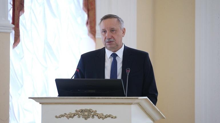 Глава финансового комитета Алексей Корабельников на заседании правительства Петербурга заявил, что долг Петербурга перед федеральным бюджетом в следующем году увеличится в два раза.