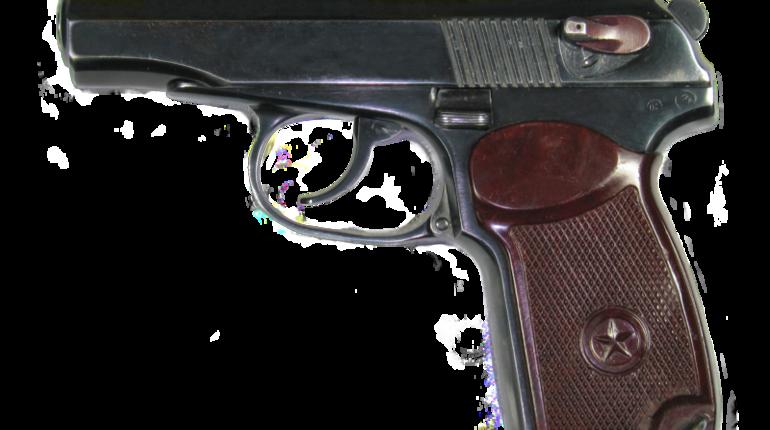 Разработка нового пистолета, который заменит знаменитый пистолет Макарова, пойдет на пользу российской армии. Такое мнение высказал главред журнала