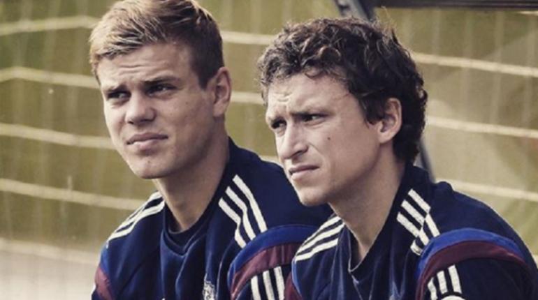 Российские футболисты Александр Кокорин и Павел Мамаев в ходе допроса признали свою вину в двух случаях нападения в Москве. Об этом в среду, 10 октября, сообщает ряд СМИ.